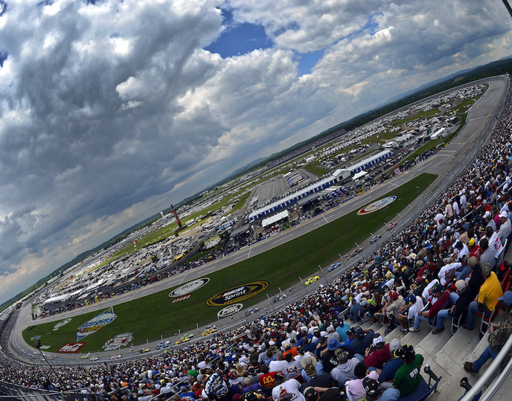 TALLADEGA NASCAR TRAVEL PACKAGE