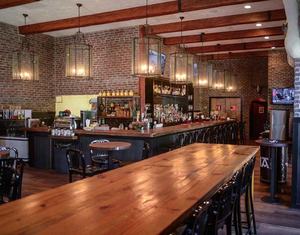 masters week restaurants bars