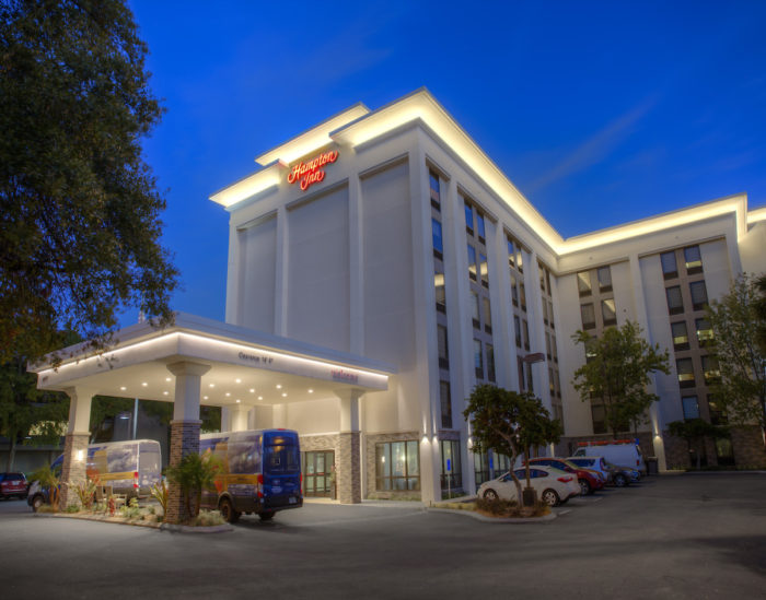 outback bowl hotel