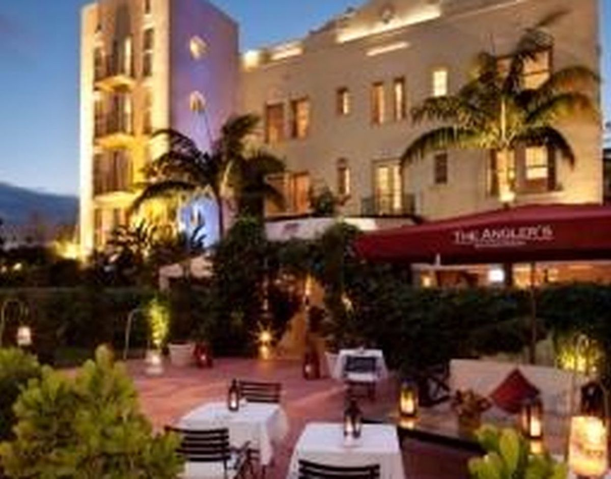 Super Bowl Hotels - Anglers Hotel South Beach