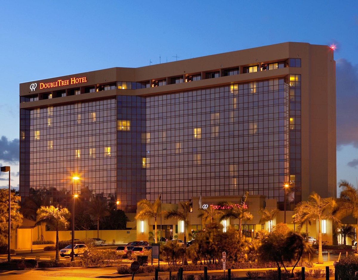 Super Bowl Hotels - Doubletree Airport Miami