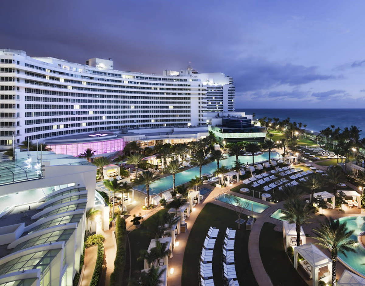 Super Bowl Hotels - Fontainebleau Miami