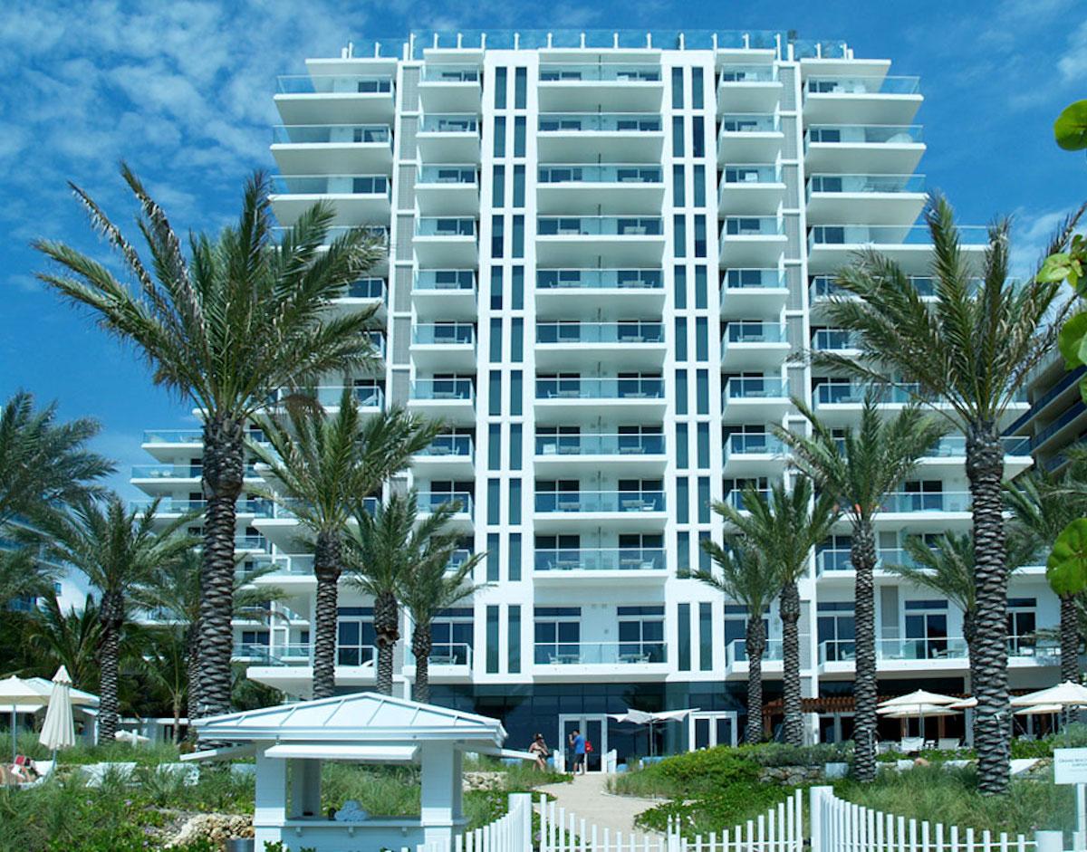 Super Bowl Hotels - Grand Beach Hotel