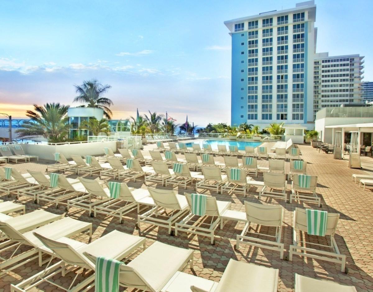 Super Bowl Hotels - Westin Beach Resort