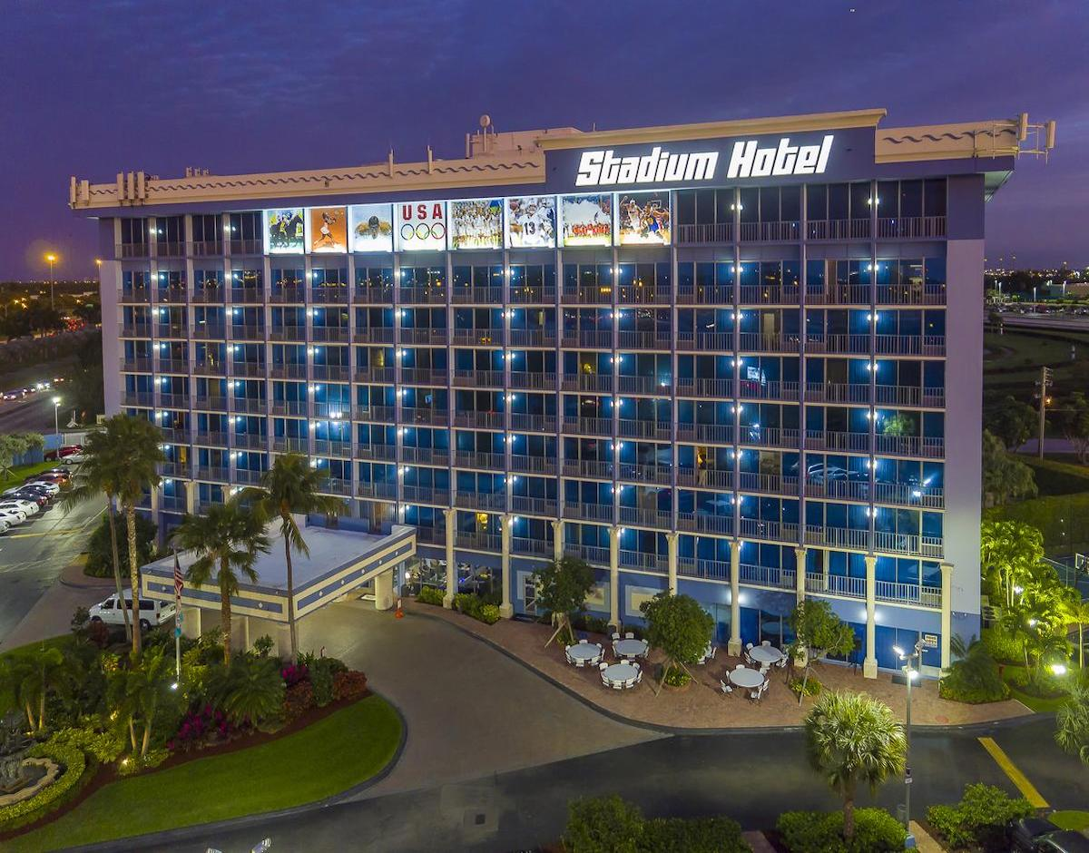 Super Bowl Hotel - Hard Rock Stadium Hotel